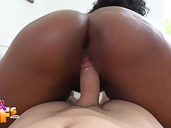 Curvy ebony Li Golden bounces her fat ass on a fat cock and gets cum