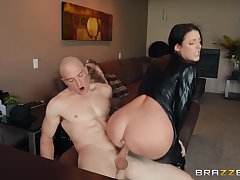 The black hole up makes Angela White hornier for her friend's dick