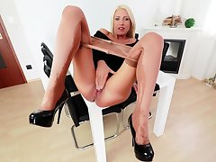 Nylon pantyhose masturbation only with kelly candy