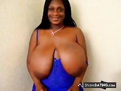 Big fat bouncing titties