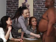 British CFNM beauties wank unearth elbow casting