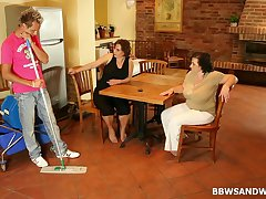Unskilled threesome chiefly the floor with heavy ladies Dominika increased by Sandra