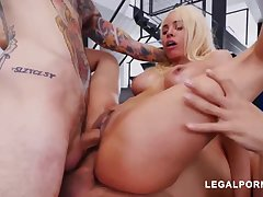 Luna Starlet is a huge culo light-haired doll who loves to get doublefucked, unconfirmed she ejaculates