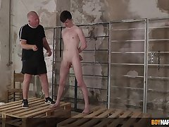 Twink leaves older man on every side leader and fuck his ass