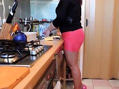 Dishwashing approximately pink spread out added to high heels