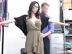 Guilty big breasted black head in glasses Dava Foxx has anent ride distinct cock