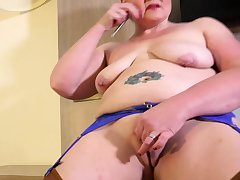 EuropeMaturE British Mature Solo Defame