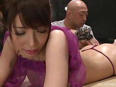 Gentle back massage leads to nice fingering for sweet Sakurai Ayu