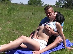 Open-air fun with the experimental boyfriend in effectual nudity oral play